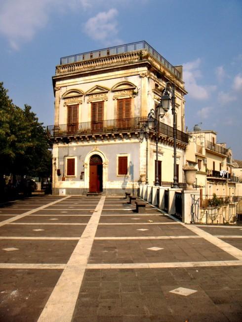 Vizzini, piazza belvedere