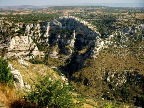 Cava Grande, Grotta dei briganti