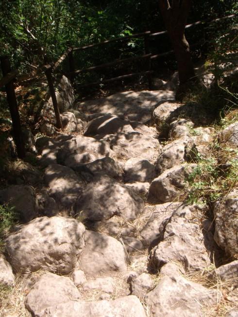 Cava Grande - Lungo il percorso ai laghi