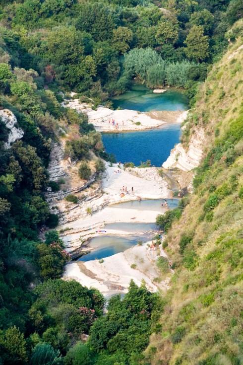 Cava Grande, veduta panoramica dei laghetti
