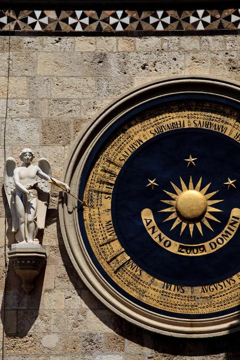 Messina, calendario perpetuo del campanile - Foto di Ialla